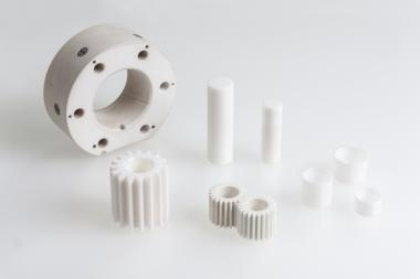 Pump components made from zirconium oxide ceramic